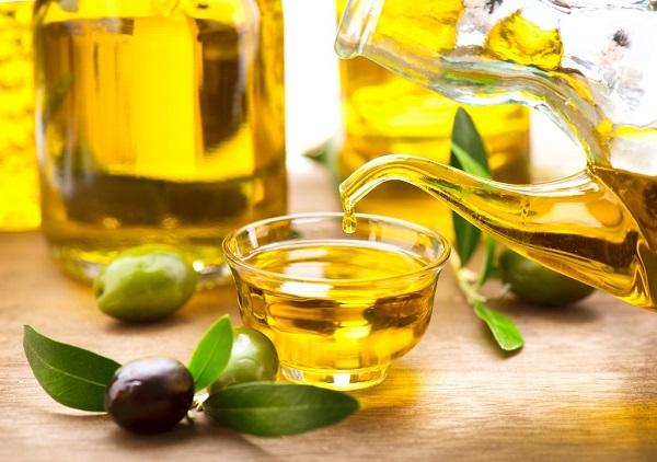 Mặt nạ dưỡng da từ dầu oliu