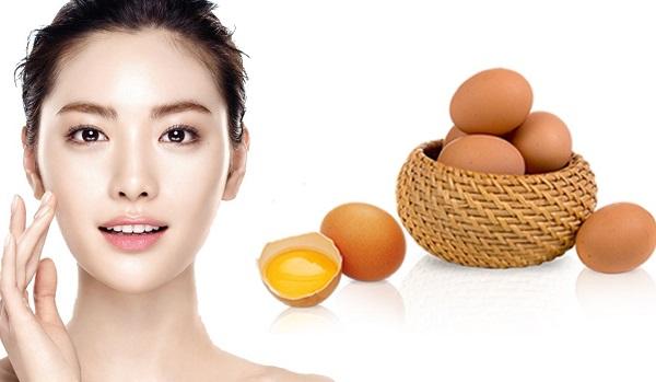 Trứng gà là nguyên liệu cực kỳ dễ kiếm